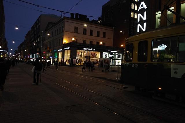 ヘルシンキ夜の町並み