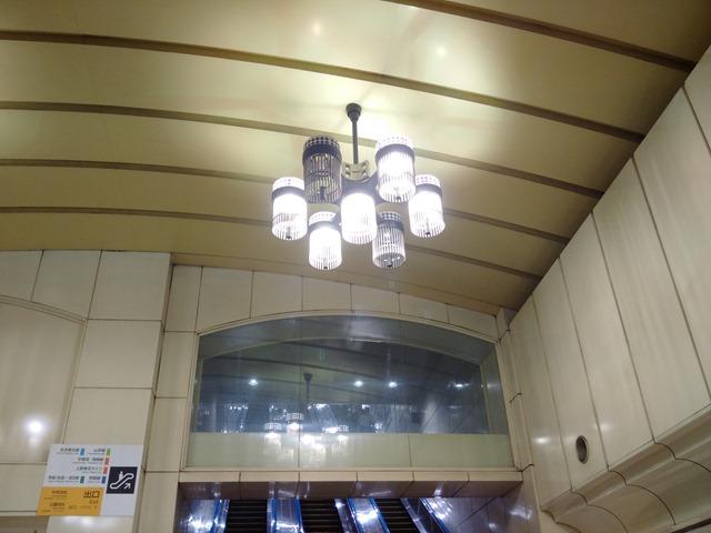 上野駅シャンデリア