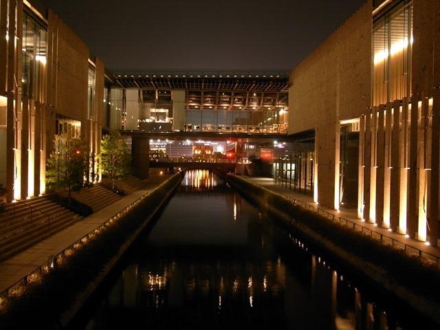 長崎県美術館夜ライトアップ感想