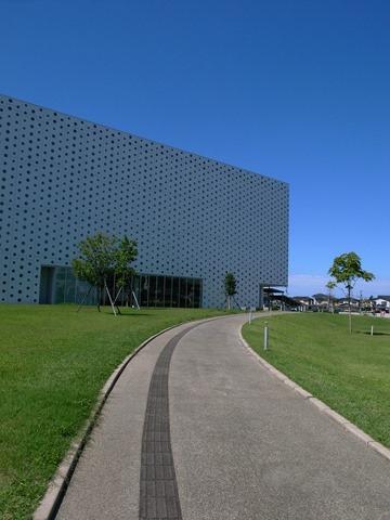 金沢海みらい図書館感想石川県可愛い