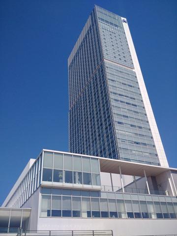 新潟県立万代島美術館建物万代島ビル