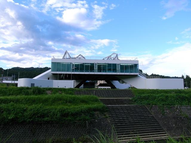 まつだい「農舞台」建物感想新潟県