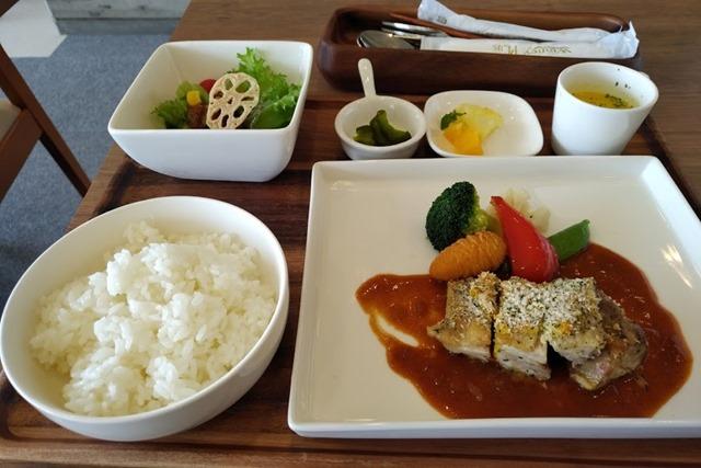 カフェ・ミュゼ北九州市立美術館